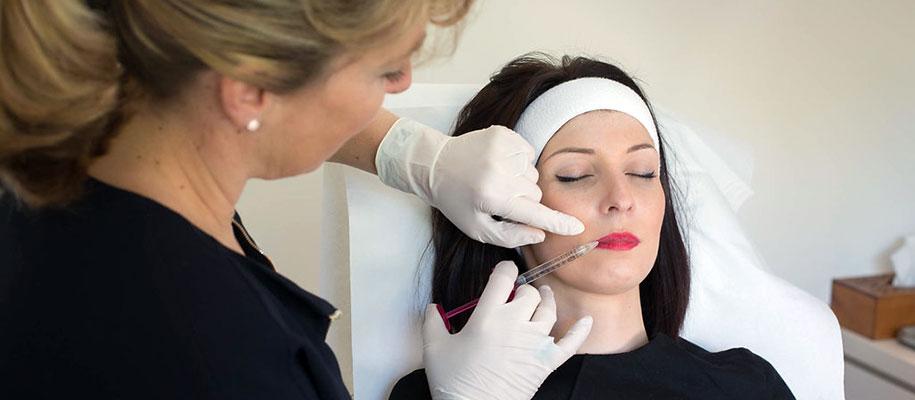 Injection d'acide hyaluronique pour les lèvres à Compiègne dans l'Oise - Dr Barry
